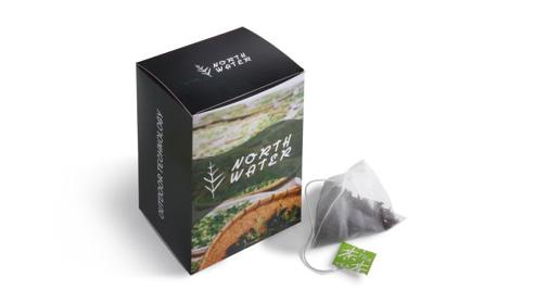 Individuell bedruckbar, Premium Tee und Verpackung als Give-Away nutzen